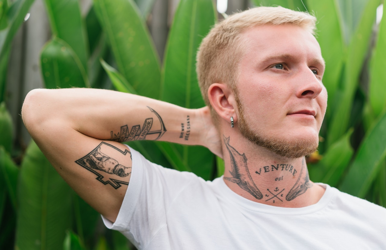 Décoloration homme, comment faire ta teinture blonde