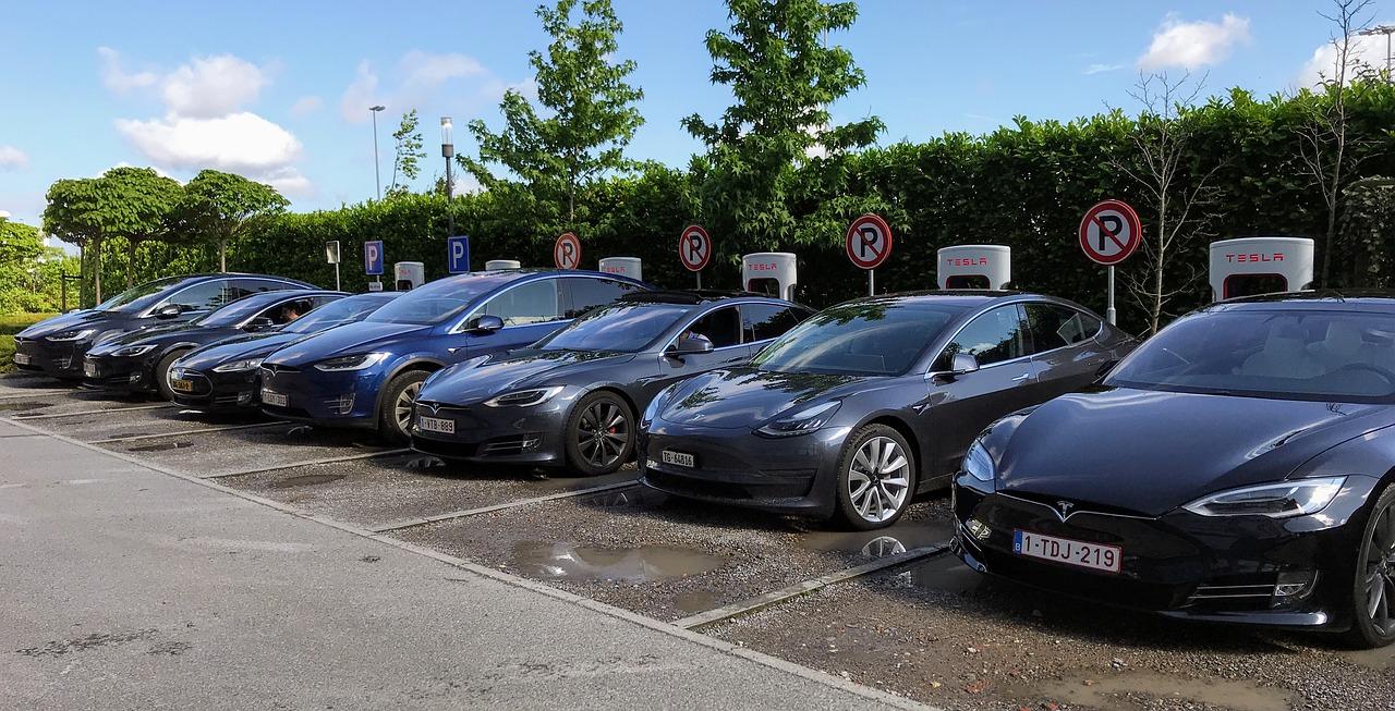 voitures Tesla